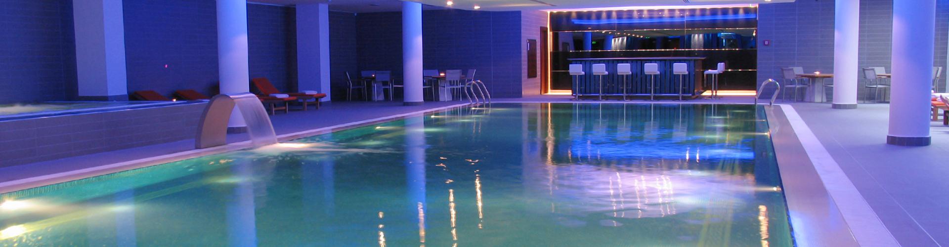 Constructeur de piscine int rieure centerspas - Piscine d interieur ...