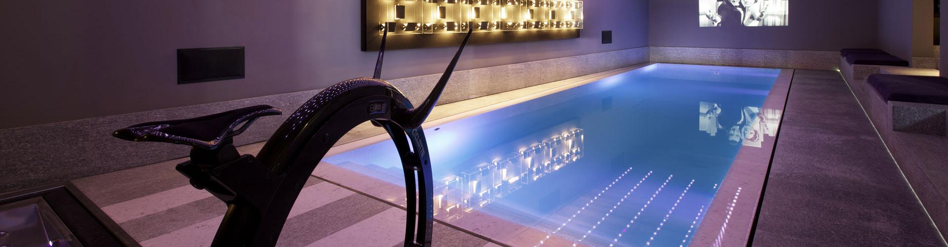 Constructeur de piscine int rieure centerspas for Construction piscine geneve