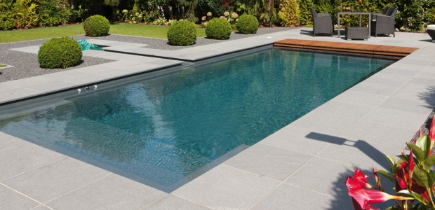 Piscine polyester centerspas for Installation piscine polyester